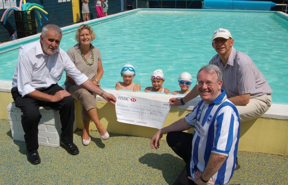 Support For Cowfold School Swimming Pool Henfield Bn5 Magazine