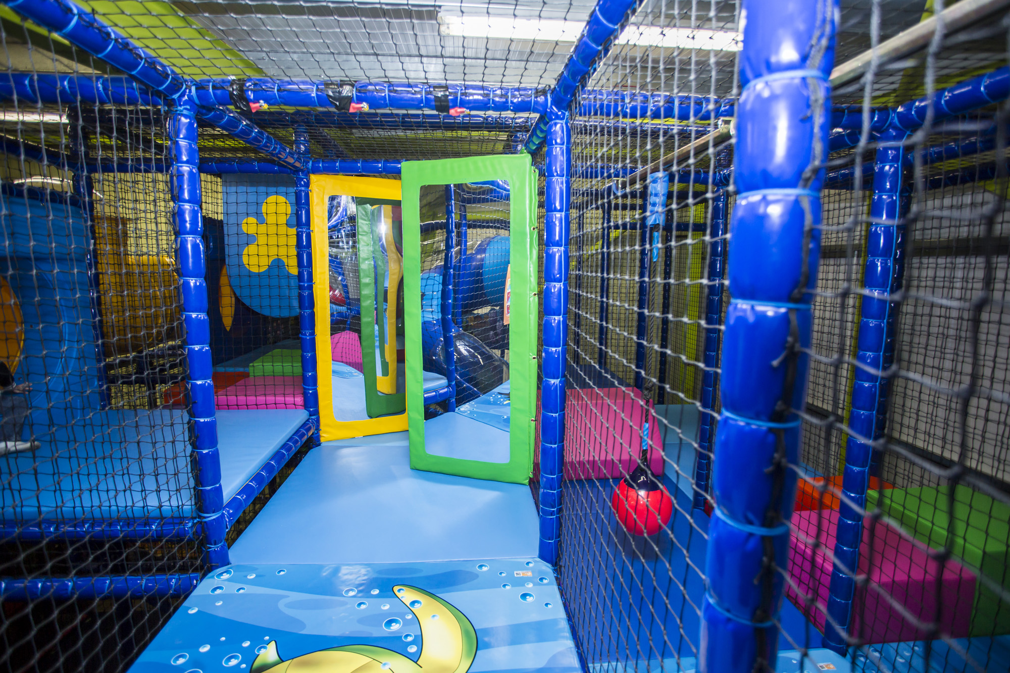 how to start a soft play business